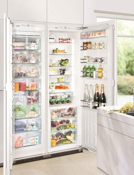 Refrigerador de Embutir Para Revestir SBS 19H1
