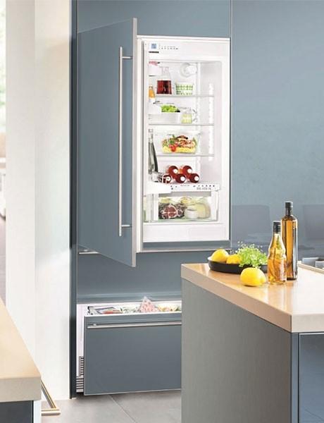 Refrigerador de Embutir Para Revestir HCB 1561