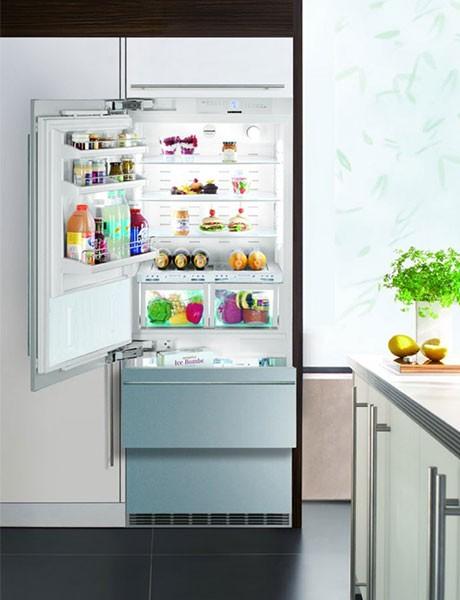 Refrigerador de Embutir Para Revestir em Inox HCBS 1561