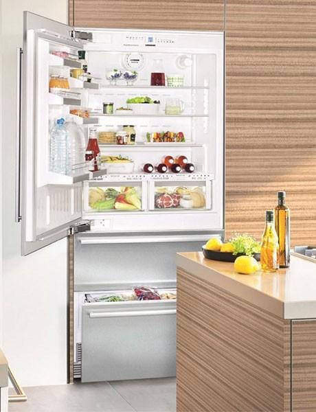 Refrigerador de Embutir Para Revestir em Inox HCS 2061