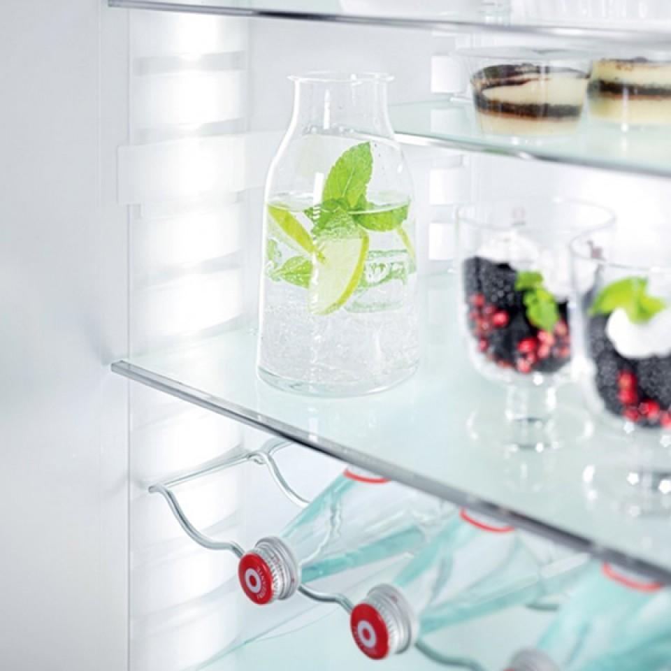 Refrigerador de Piso e Embutir CS 2061